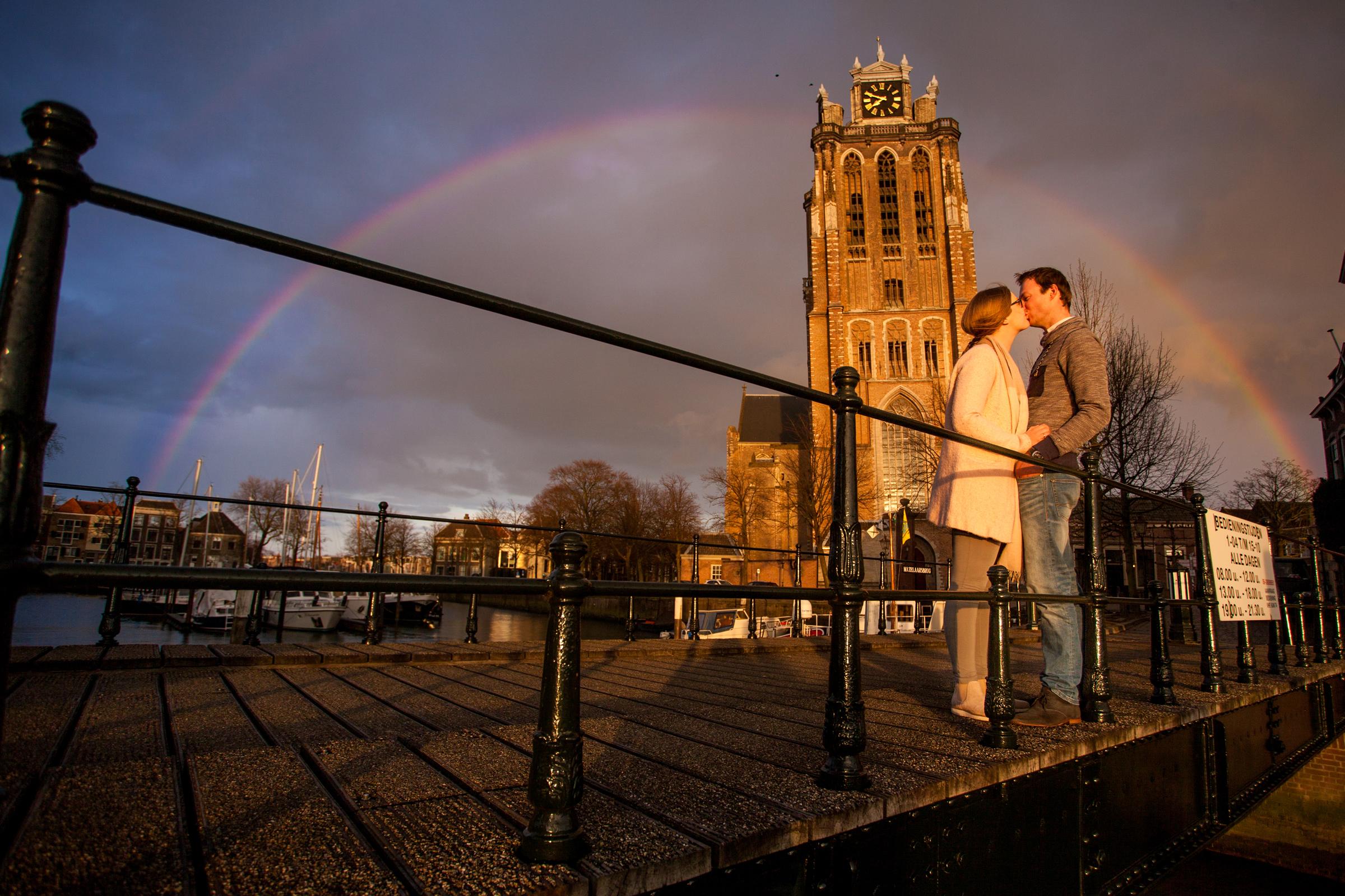 Cees en Helena loveshoot Dordrecht – Regenboog – (70)