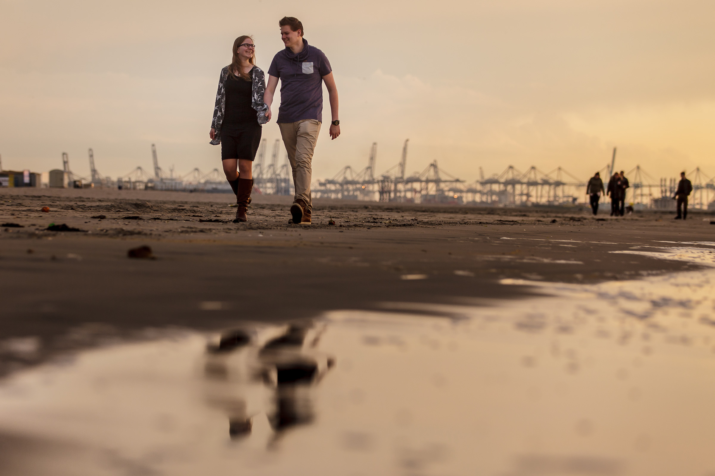 2015 – Niels en Nelleke – Hoek van Holland – Walking – Reflection – 533